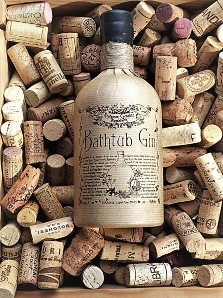 Bathtub Gin Ampleforth´s Professor Cornelius